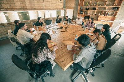 Enfatiza, define, idea, prototipa, testea... El desing thinking en desarrollo.